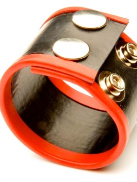 Small Rubber Ball Stretcher • Red